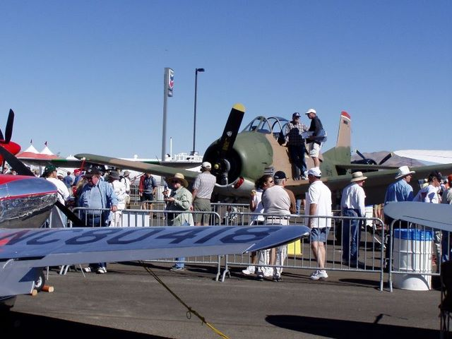 You are browsing images from the article: Reno Air Race 2003 (P9130024R.jpg)