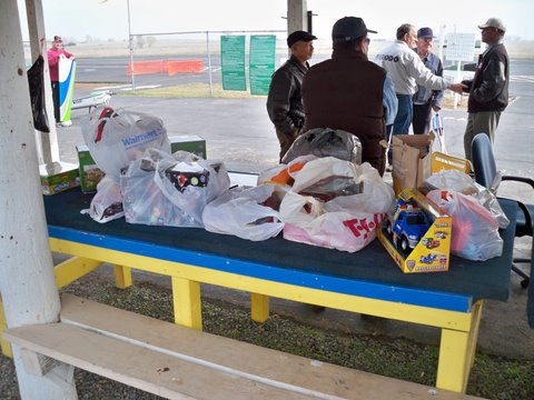 You are browsing images from the article: Toys for Tots 2010 pictures (100_0848.JPG)