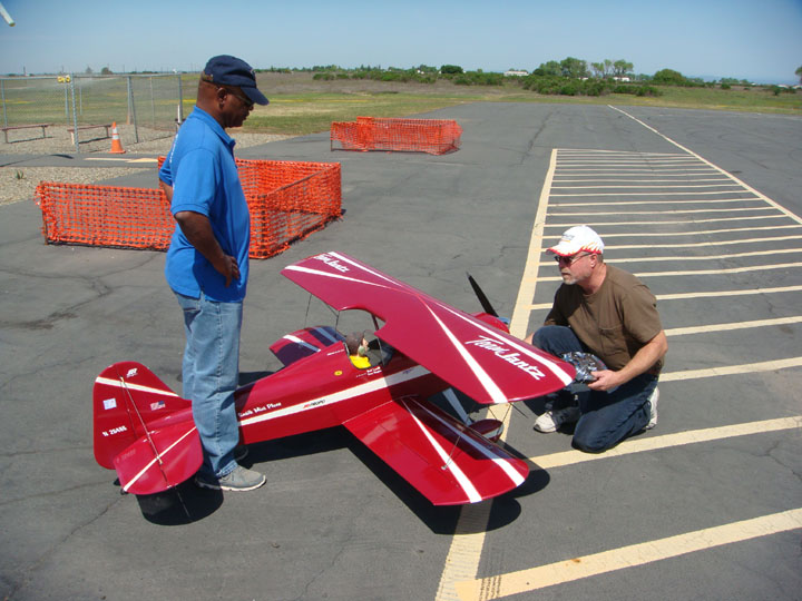 You are browsing images from the article: Merwin Ranch Memorial Fun Fly April 2015  (Keith_s_Smith_Miniplane.jpg)