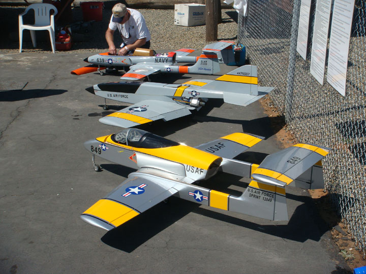 You are browsing images from the article: Merwin Ranch Memorial Fun Fly April 2015  (Jets.jpg)